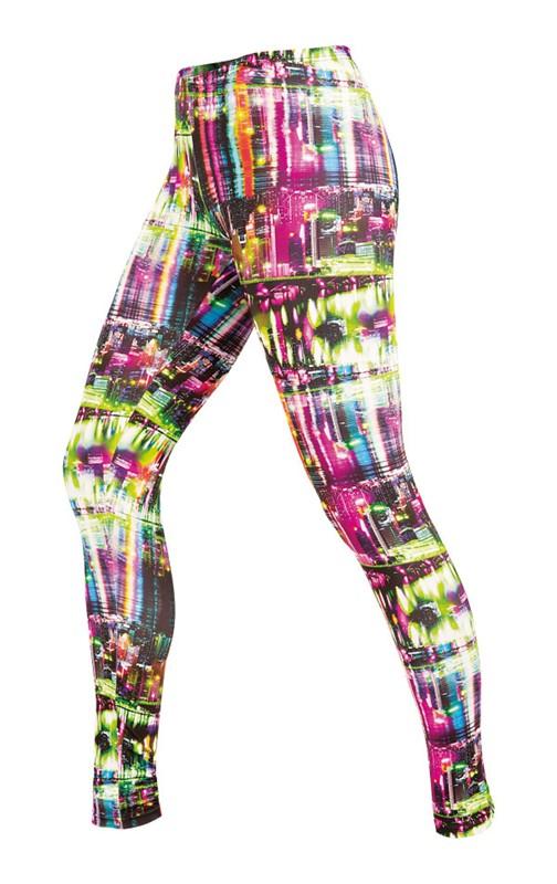 Dámské fitness legíny naleznete zde  barevne-leginy-na-cviceni 5b04dab69e